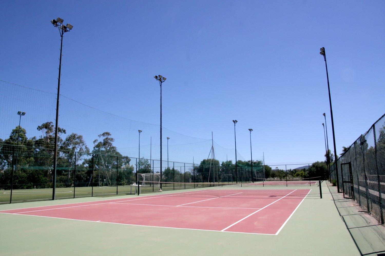 Villaggio con campo da tennis basket calcetto free beach club