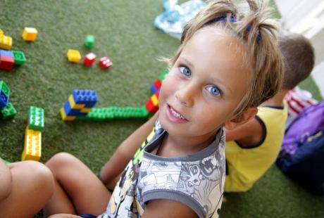 Bambini che giocano al Miniclub