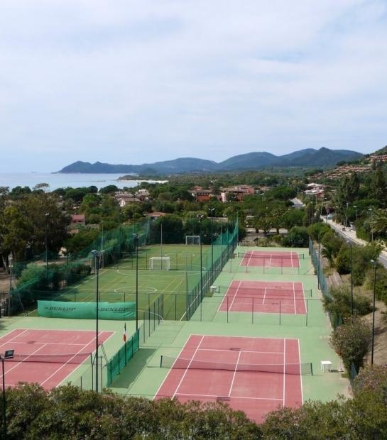 Campi da Tennis per gli Ospiti