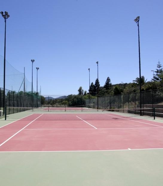 Campo da tennis per gli ospiti