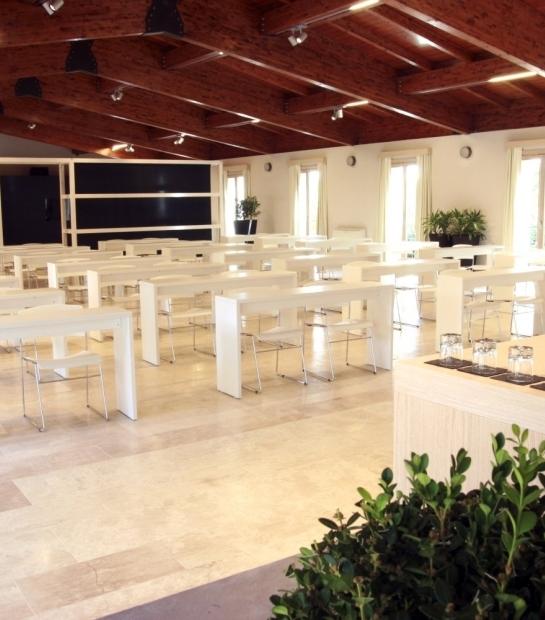 Tavoli Centro Congressi