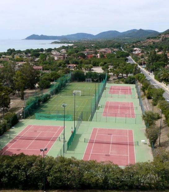 Camp de tennis vue panoramique