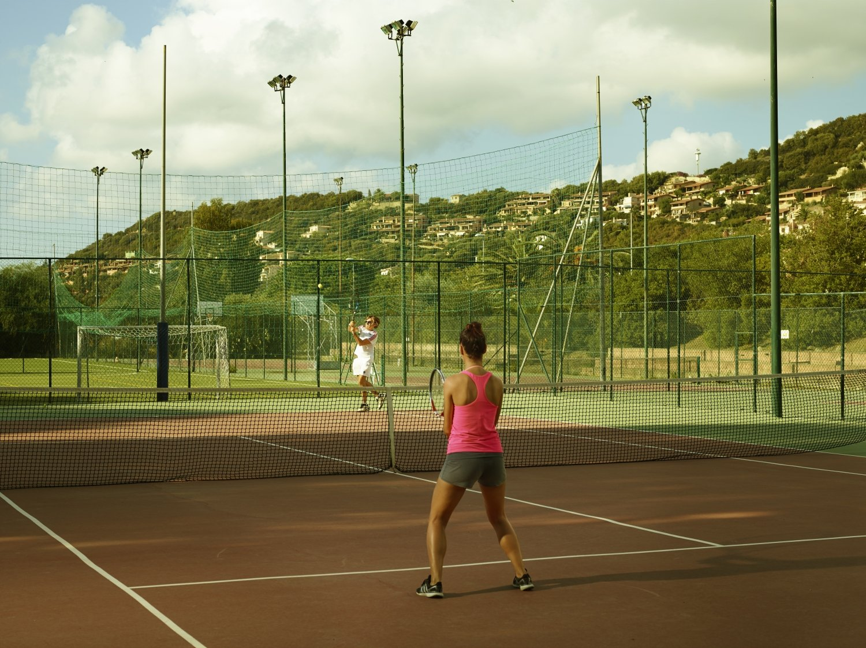 Village with Tennis Court, Basket, Volley, Soccer   Free Beach Club